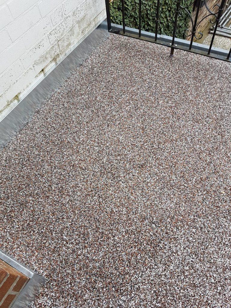 Balkonsanierung mit Steinteppich Bild 4