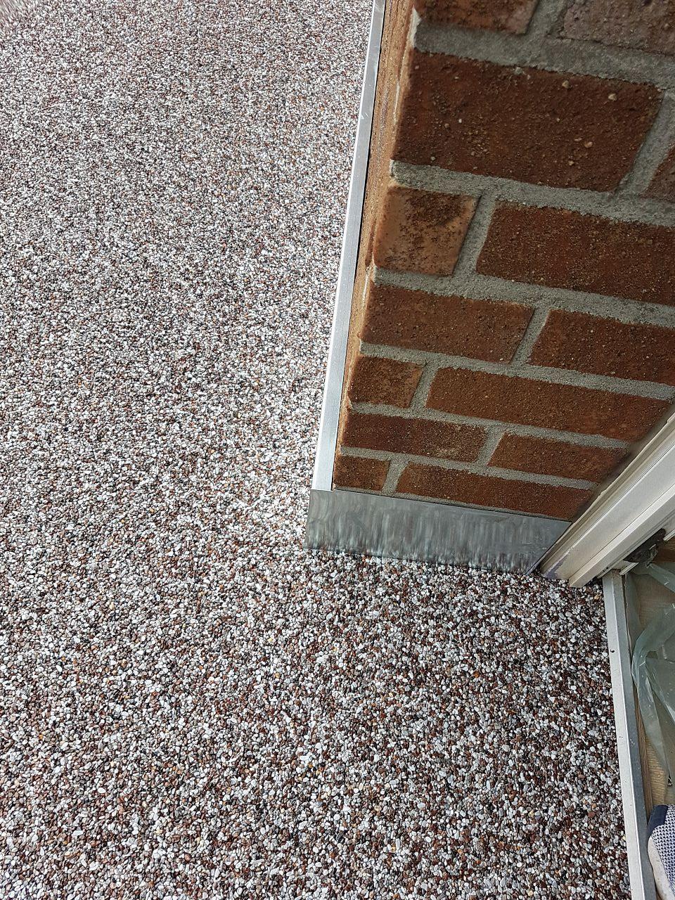 Balkonsanierung mit Steinteppich Bild 5