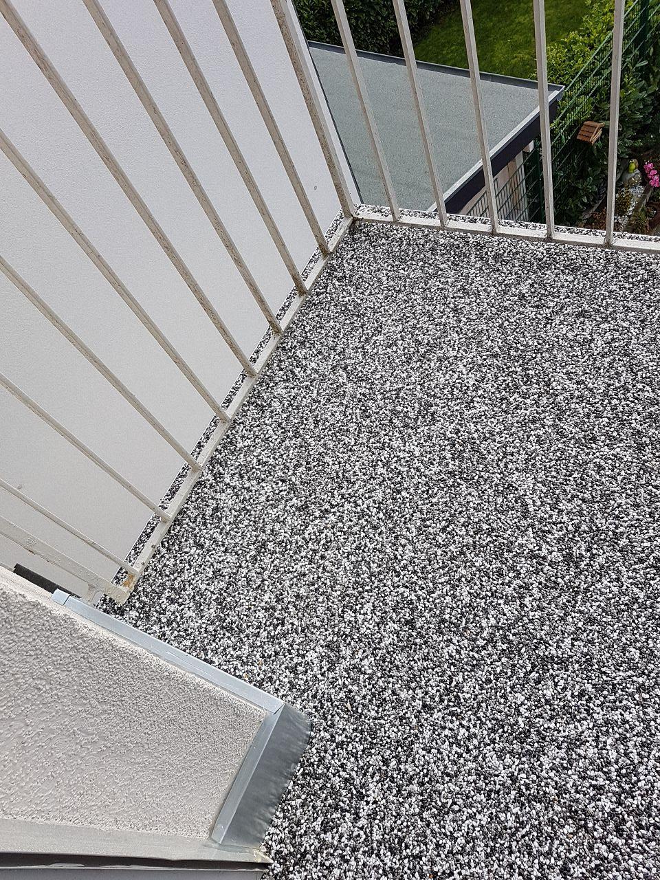 Balkonsanierung mit Steinteppich Bild 6